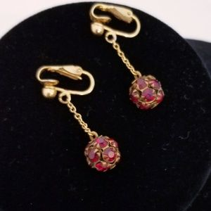 4/$25 Vintage gold/ruby clip on dangle earrings